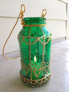 Moroccan-Inspired Painted Jar Lantern DIY = #jar #lantern #moroccan #crafts