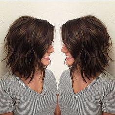 Niedliches geschichtetes Haar, geschichtet, Bob, Highlights, Frauen