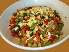 Recipe: Confetti Picnic Salad; Plus, five tips for fast, healthy meals on a budget.