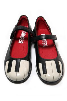 Piano Shoes- THOSE ARE AWESOME! I WANT! I WANT!.....no really. I WANT!!