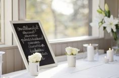 homevialaura #wedding #party #chalkboard #lilies #candles Photo: Kirsi Hiekkarinne Photography