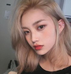 67 trendy hair color korean blonde pins - Top 10 Best Korean Hair Salon in Gardena, CA - Last Updated . Blonde Hair Kpop, Blonde Hair Korean, Brown Blonde Hair, Brown Hair Kpop, Blonde Hair On Asians, Gold Blonde, Kpop Hair Color, Korean Hair Color, Ulzzang Girl Fashion