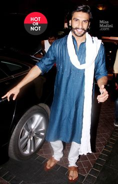 Ranveer Singh in blue & white kurta pyjama with kolhapuri chappals