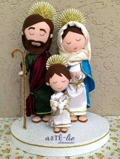 Um dia abençoado a todos vocês! Sagrada família em feltro e tecido. Porta…