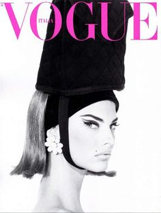 32 super ideas for fashion magazine photography vogue italia linda evangelista Vogue Vintage, Vintage Vogue Covers, Moda Vintage, Vogue Magazine Covers, Fashion Magazine Cover, Fashion Cover, Linda Evangelista, Top Models, Image Deco