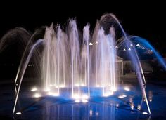 20 Free Mind-blowing Fountain Wallpapers for Your Desktop - DJ Designer Lab Water Fountain Design, Fountain Lights, Free Mind, Water Lighting, Light Art, Mind Blown, Worlds Largest, Waterfall, Landscape