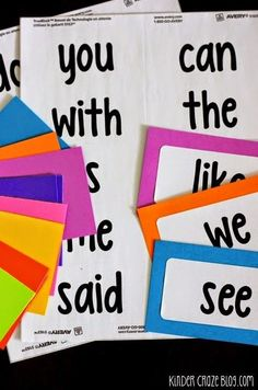 Freebielicious: FREE Printable Sight Word Labels - http://centophobe.com/freebielicious-free-printable-sight-word-labels/ -