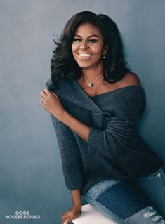 Michelle Obama Struggled to 'Keep Up with the Pace' While First Lady - simply beautiful Michelle Obama Fashion, Michelle And Barack Obama, Barack Obama Family, Michelle Obama Photos, Beautiful Black Women, Beautiful People, Malia Obama, First Ladies, Joe Biden