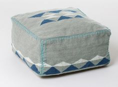 BLISS - i heart monday.>> west elm pouf ~ I would love to make some poufs