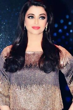 Indian Celebrities, Bollywood Celebrities, Beautiful Celebrities, Most Beautiful Women, Actress Aishwarya Rai, Aishwarya Rai Bachchan, Bollywood Actress, Bollywood Photos, Bollywood Stars