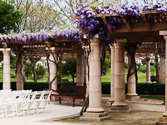 How perfect would this be for a purple color-schemed wedding...