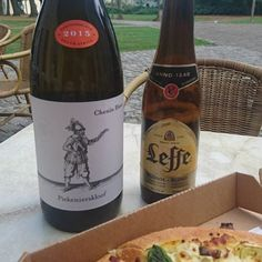 South Africa's #piekenierskloof  #cheninblanc meets Belgium's Leffe beer in Brussels, paired with pizza!