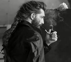 Did I mention his hair is mid-back length? And how hot that braid is? Patrick is French which makes him a Guide Michelin panty dropper. Trendy Mens Hairstyles, Mens Medium Length Hairstyles, Haircuts For Men, Hair And Beard Styles, Curly Hair Styles, Viking Hair, Mens Braids, Hair Reference, Hair Lengths