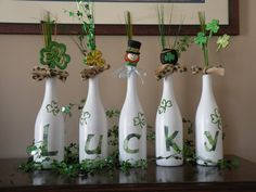 Need that something special for decorations that your friends dont have? Well these hand painted wine bottles are the answer!! I can do a custom order