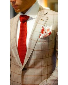 A classic piece Crimsom Bloom with White Signature Border Pocket Square. |100% Italian Linen| Be Bold.