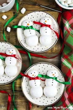 """""""These snowman-shaped Vegan Meringue Cookies will be a hit at your next wintertime gathering. They are sweet, crisp, airy and completely adorable! These little snowy guys are pillowy, soft, crispy and sweet all in one cookie. Vegan Christmas Cookies, Christmas Treats, Christmas Recipes, Christmas Cooking, Christmas Activities, Christmas Cupcakes, Christmas 2017, Holiday Cookies, Holiday Desserts"""