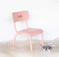 chaise de maternelle vieux rose poudr vintage magic vintage magic pinterest chaises de. Black Bedroom Furniture Sets. Home Design Ideas