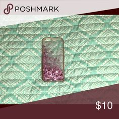 iPhone 6s Phone case This phone case is perfect for Valentine's Day! Whenever you move the phone case the Sparkles and Glitter move too! Accessories