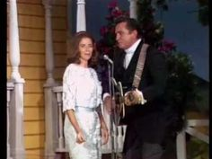 Johnny Cash & June Carter - Jackson // Nashville, 1968 // Introduced by Archie Campbell on the stage of the Ryman Auditorium //