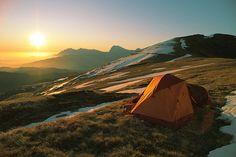 sunrise camping.