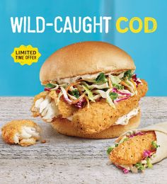 Find out what's cooking at A&W. From tasty burgers to crispy onion rings to frosty mugs of Root Beer to the plant-based Beyond Meat Burger, we've got it all. Kimono Pattern Free, Beyond Meat Burger, Crispy Onions, Delicious Burgers, Root Beer, Salmon Burgers, Cod, Plant Based, Tasty