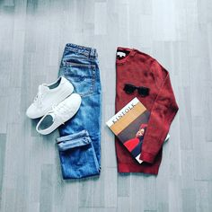 Man outfit mid season, Paris 2017. #inpariswithnicolas#automne#parisien#french#AutumnJacket#MenFashion#slowfashion#PretAPorter#LhommeParis#ChemiseHomme#ManShirt#Casual#French#igersparis#DapperChap#ReadytoWear#Casual#fashionshow#fashiontrend#ootd#outfitoftheday#outfitpost#igersEurope#IgersParis#relaxed#LeatherSneackers#Jeans#Sweat#Shirt#CottonSweat#Sunglasses