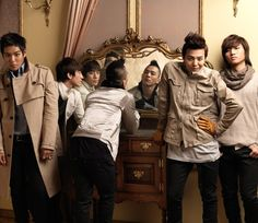 Taeyang-why an I so handsome Seungri-Not as handsome as me. Daesung, Gd Bigbang, Choi Seung Hyun, G Dragon, Yg Entertainment, Big Bang Kpop, Bang Bang, Lee Hi, Rapper
