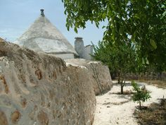 #MyPugliaExperience trai #trulli e le campagne della Valle d'Itria con @SpazzaventoBeB