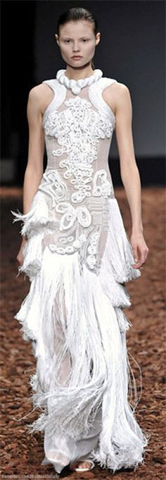 Givenchy | Haute Couture Fall 2008