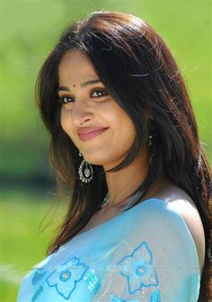 Tamil Actress Anushka Photos by ChennaiVision Beautiful Girl Indian, Most Beautiful Indian Actress, Beautiful Actresses, Beautiful Females, Indian Actress Photos, Indian Actresses, Anushka Photos, Actress Anushka, Tamil Actress