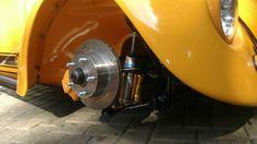 Kreshner Disc Brakes with Olin shocks on 75 VW German Looker