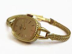 60er+Swiss+Made+Armbanduhr+Vintage+Uhr+zart+gold++von+Mont+Klamott+-+seltene+Vintage+Einzelstücke:+Liebzuhabendes,+Verspieltes,+Tickendes,+Klunkerndes,+Zauberhaftes,+Antikes,+Kurioses,+Schmuck+&+Uhren++auf+DaWanda.com
