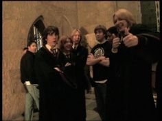 Harry Potter Gif, Mundo Harry Potter, Harry Potter Pictures, Harry Potter Wallpaper, Harry Potter Universal, Harry Potter Characters, Harry Potter World, Daniel Radcliffe Emma Watson, Neville Longbottom