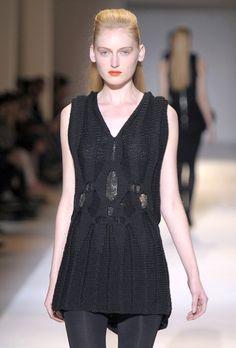 RAGNE KIKAS, works: Dress Code Defensive