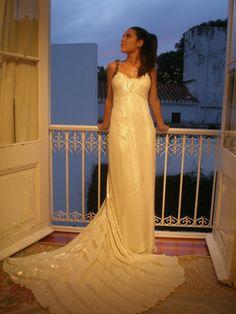 Bride by lupi maurette novias