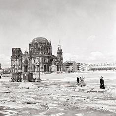 1951 Schlossplatz und Berliner Dom