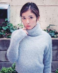Lover of angora and mohair worn by women . Japanese Beauty, Japanese Girl, Asian Beauty, Asian Woman, Asian Girl, Angora Sweater, Cute Beauty, Japanese Models, Life Is Beautiful