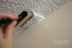Queen Of Whirled: How to Paint a Popcorn Ceiling