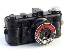 Brenda Starr Cub Reporter. Will someone please get me this camera?