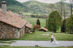 Dissabte tornem al @elmariner_serratmariner amb el segon casament de la temporada!!  . . . . . . . #radlovestories #folkwedding #bohowedding @wedding.photo.inspiration  #bohobride #bodaboho #folkwedding #weddingphotographer #fotografobodas #elopement  #slowwedding #belovedstories #destinationwedding #elmariner #elmarinerdesantpau #naturalwedding #weddingsart #boholovers #weddingfilm #fotografobodasbarcelona #fotografobodasgirona #destinationwedingphotographer #destinationweddingvideographer…