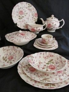 Johnson Brothers Vintage ROSE CHINTZ England - Teapot : chintz dinnerware - pezcame.com
