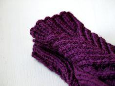 chevalier mittens on Ravelry