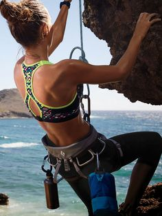 www.boulderingonline.pl Rock climbing and bouldering pictures and news Climb Every Day