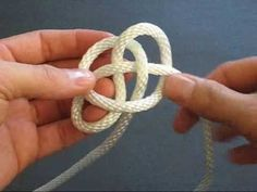 How to Tie a Button Knot Lanyard by TIAT - YouTube