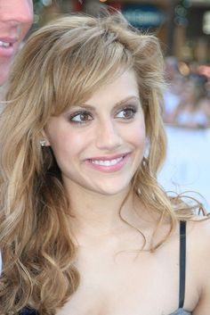 her hair :) rip Brittany Murphy. Miss you so much!