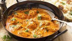 Gordon Ramsay's butter chicken recipe is so easy to make at home and tastes delicious too. This classic Indian dish will take around 50 mins to prepare and cook but is best made in advance so the chicken has plenty of time to marinade in the homemade butt Gordon Ramsay Butter Chicken Recipe, Butter Chicken Sauce, Indian Butter Chicken, Restaurant Style Butter Chicken Recipe, Poulet Sauce Curry, Curry Sauce, No Dairy Recipes, Cooking Recipes, Meal Recipes