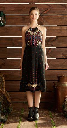 Só na Antix Store você encontra Vestido Midi Decote de Flores com exclusividade na internet