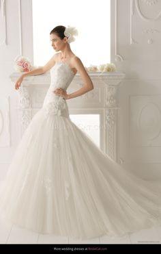 80556b8955d4 2014 143 Omar  wedding collection  lace wedding dress  white wedding dress   elegant wedding dress  wedding Abiti Da Sposa
