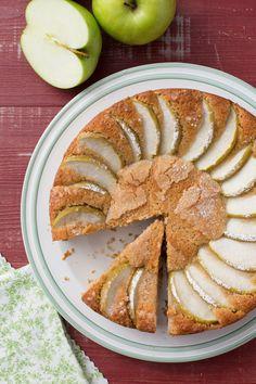 Torta di farro e yogurt: sapore rustico e tanta bontà in un'unica torta! Yogurt and spelt flour cake