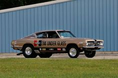 Hemi Under Glass Barracuda collection heads to auction